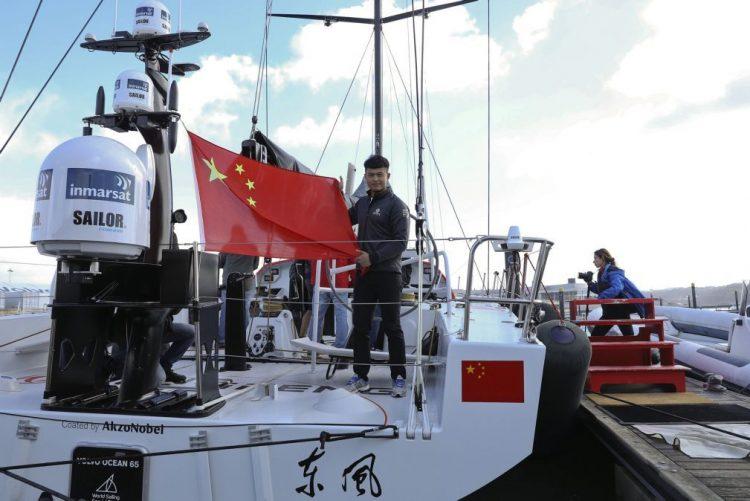Veleiro chinês Dongfeng já está na água e ambiciona vencer a Volvo Ocean Race