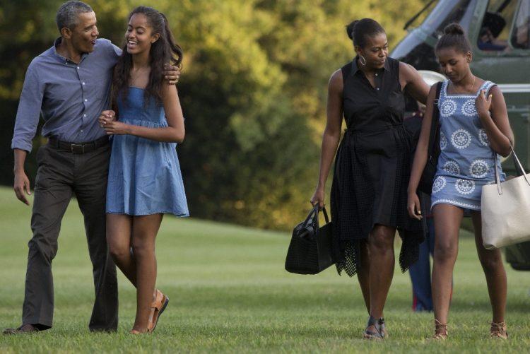 Michelle e Barack Obama já estão de férias numa casa de sonho