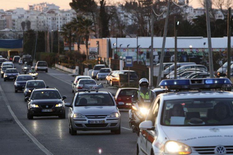 Tráfego das autoestradas aumenta 6,4% em junho - IMT