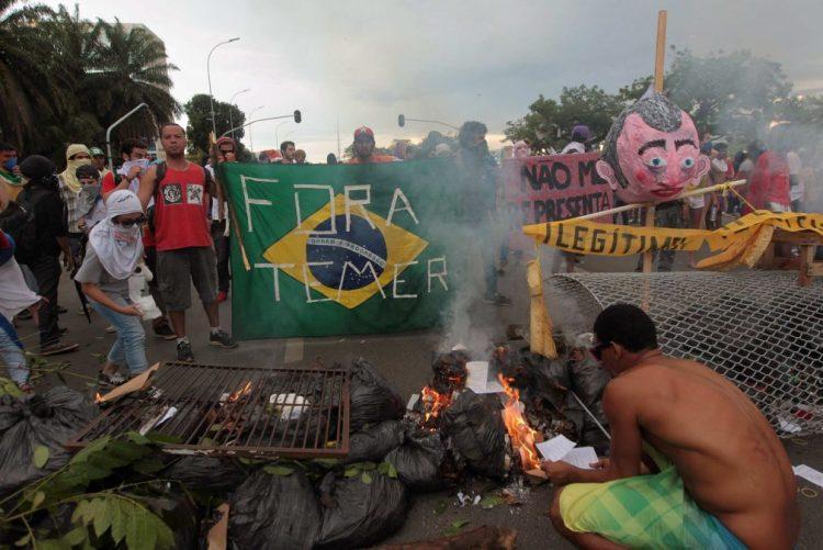 PR brasileiro repudia
