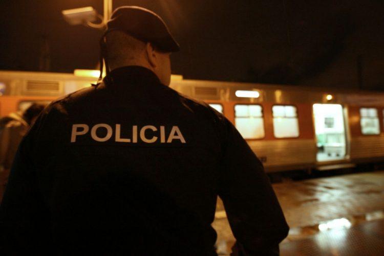 Um ferido em assalto a ourivesaria em Corroios, Seixal - PSP