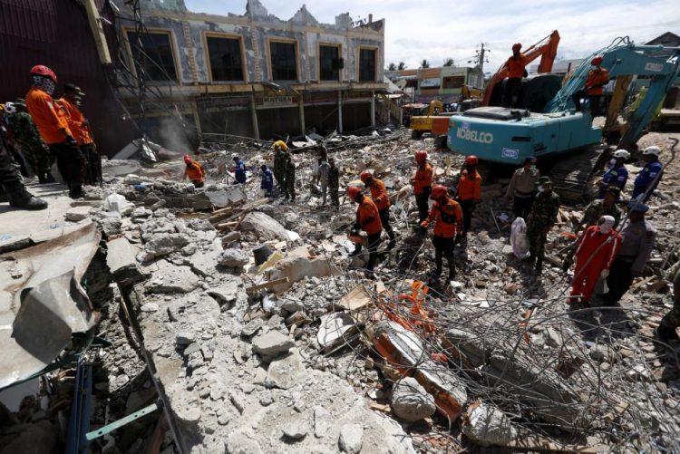 Pelo menos 43 mil desalojados por sismo em Aceh, na Indonésia