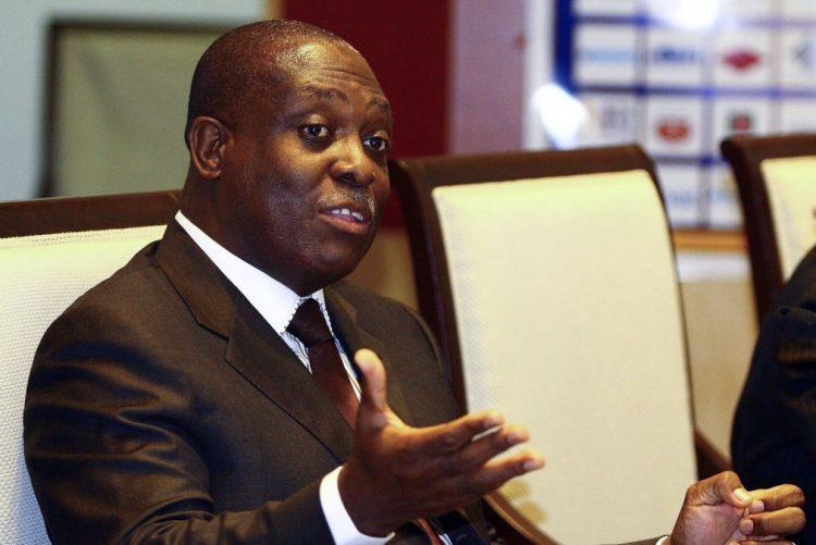Angola leva vice-Presidente à cimeira africana e concorre a lugares na comissão