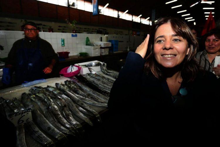 Catarina Martins diz que cimeira de Lisboa é oportunidade para rejeitar tratado orçamental