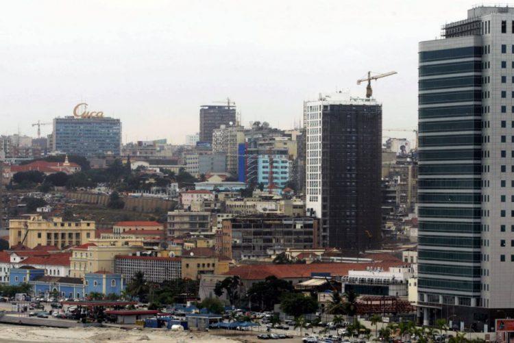 Mais de 1.230 apartamentos ocupados ilegalmente em cidade angolana construída de raiz