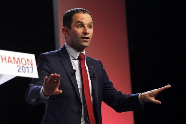 Eleitores franceses escolhem hoje candidato socialista às presidenciais