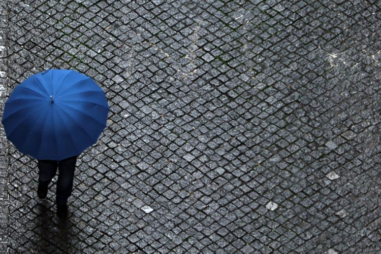 Quatro distritos do norte do país sob 'Aviso Amarelo' devido a chuva forte