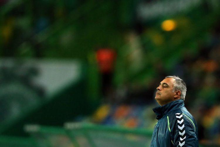 José Couceiro espera Benfica mais alerta em Setúbal após a derrota na Taça da Liga