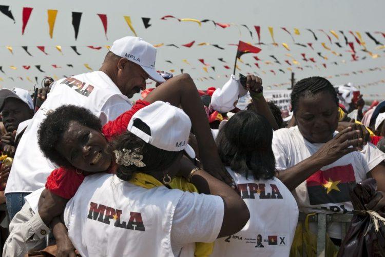 MPLA volta a não anunciar nome do candidato às eleições gerais em Angola