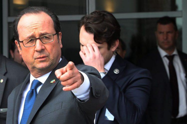 Presidente francês François Hollande condena