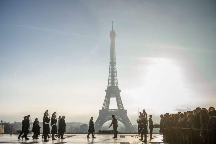 Paris homenageou soldados e trabalhadores portugueses que chegaram a França há um século