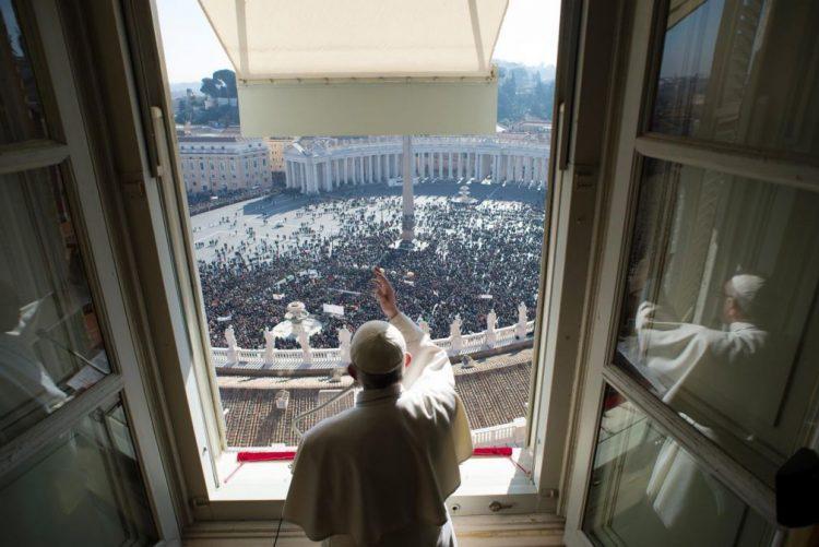 Papa apela a cristãos e muçulmanos para