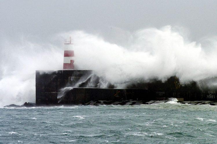 Marinha Portuguesa alerta para agravamento severo do estado do mar a partir de quarta-feira