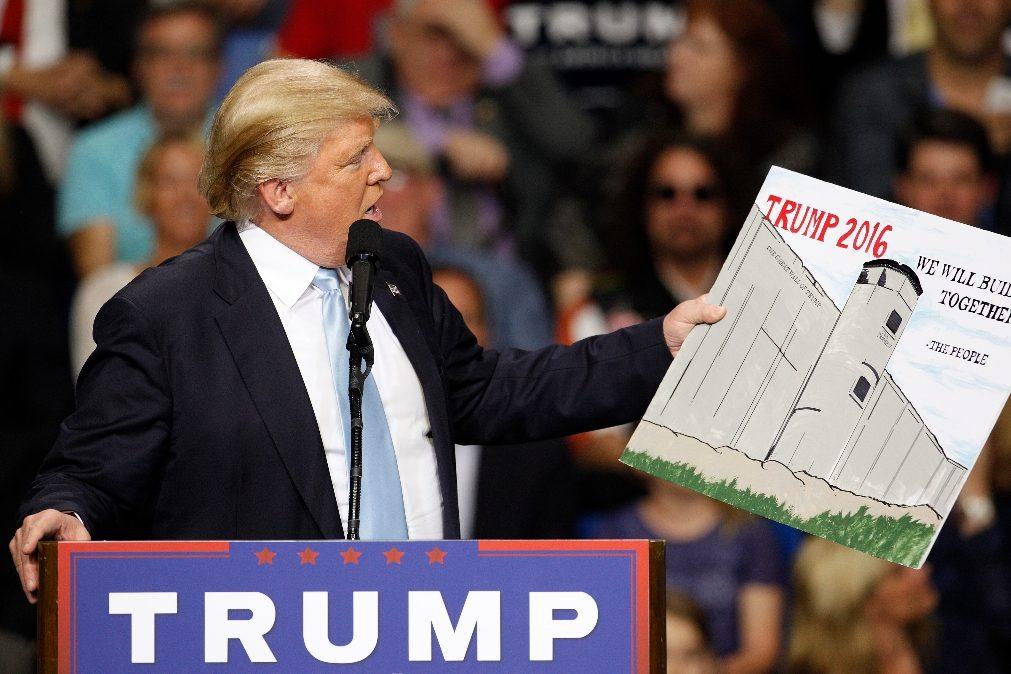 O muro de Trump e a economia de esquina