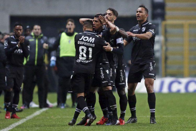 Vitória de Guimarães vence no Bessa e sobe ao quarto posto da I Liga