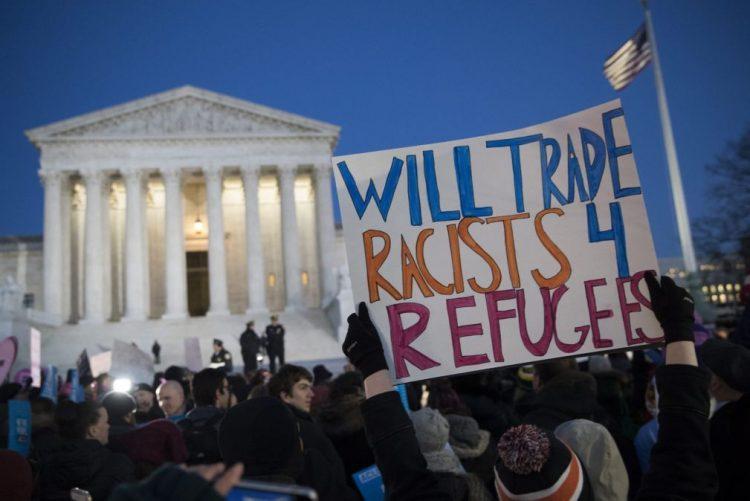 Mil diplomatas dos EUA assinam carta contra veto de Trump à imigração muçulmana