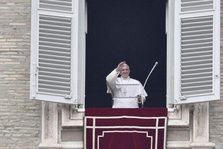Papa apela à paz em Alepo, Síria, e condena ataques bombistas