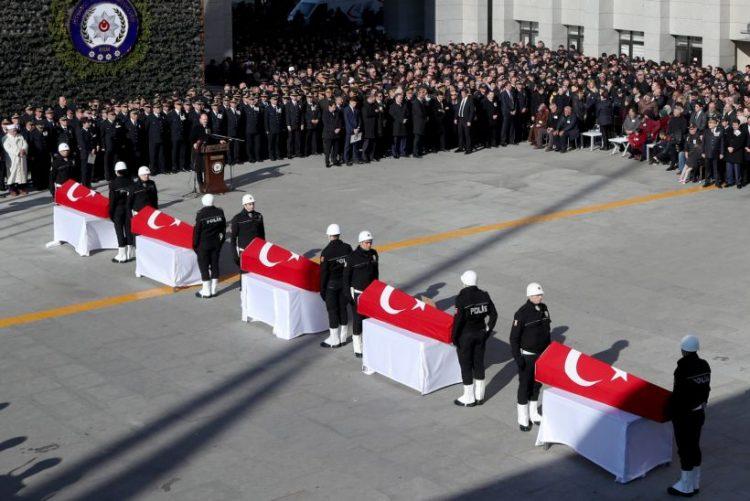 Grupo radical curdo reivindica atentados de Istambul