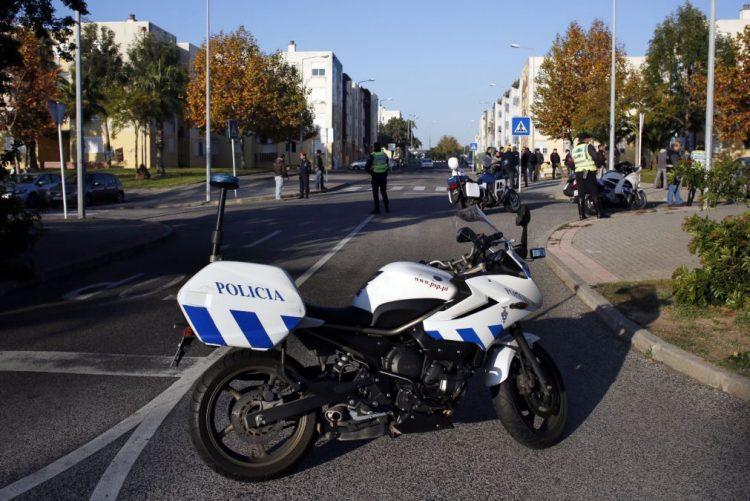 Homem detido em Lisboa depois de atirar criança de segundo andar - PSP
