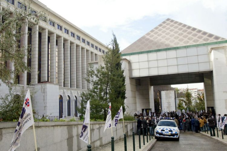 Dois vogais do Conselho Fiscal da CGD pediram demissão