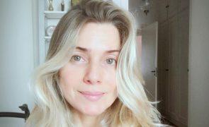 Leticia Spiller Aos 44 anos, surpreende com nu total