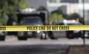Última Hora: Duas pessoas mortas a tiro junto a banco em Zurique