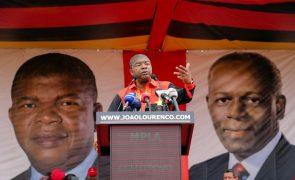 PR angolano nomeia José Eduardo dos Santos para o Conselho da República