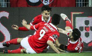 Benfica procura nova liderança provisória da I Liga, face ao 'carrasco' Boavista