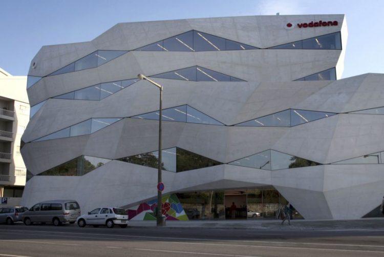 Vodafone quer CMTV na oferta mas