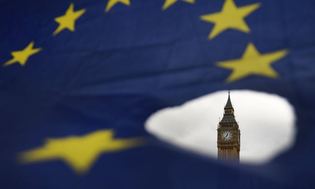 Imigração da UE para o Reino Unido a mais baixa dos últimos cinco anos