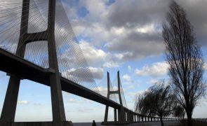 Trânsito circula normalmente na Ponte Vasco da Gama