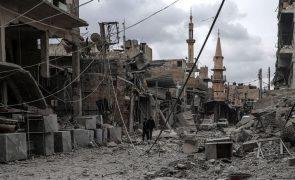 Portugal condena violência em Ghouta Oriental, na Síria, e apela ao fim imediato das hostilidades