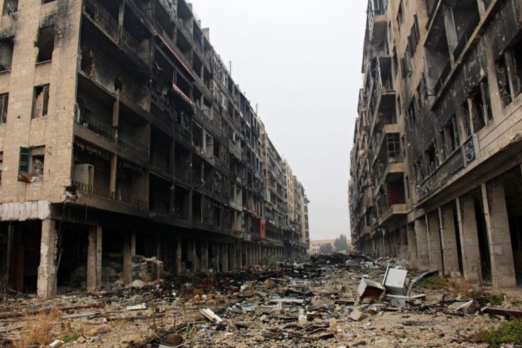Síria: Violentos combates no leste de Alepo, retirada de civis e rebeldes suspensa