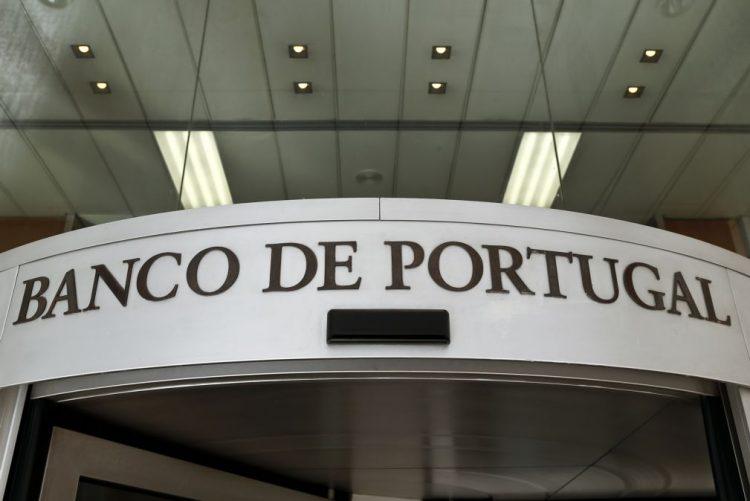 Banco de Portugal revê em alta crescimento do PIB para 2016 mas em baixa para 2017