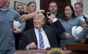 Trump diz que EUA abdicam de tarifas sobre importações se UE abolir barreiras