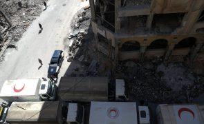 Guerra na Síria causou mais de 350.000 mortos em sete anos