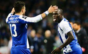 Alex Telles e Soares repetem treino condicionado no FC Porto