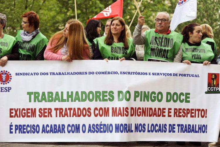 Trabalhadores do Pingo Doce exigem aumento salarial de 40 euros e 25 dias de férias