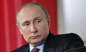 Putin a caminho do quarto mandato presidencial em plena tensão com o ocidente