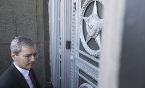 Moscovo expulsa 23 diplomatas britânicos e suspende British Council na Rússia