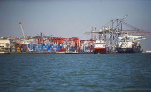 Industriais agro-alimentares queixam-se de atrasos no Porto de Lisboa, administração nega