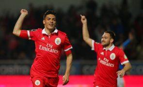 Benfica vence Feirense e assume liderança provisória da I Liga de futebol