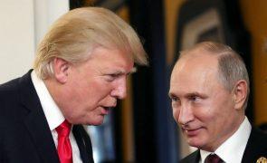 Trump planeia encontrar-se com Putin «num futuro não muito distante»