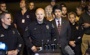Suspeito de ataques bombistas no Texas morre após detonar explosivo