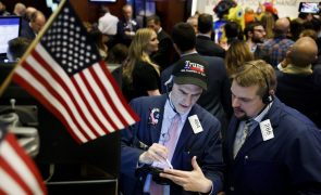 Bolsa de Nova Iorque cai antes de divulgação de decisões da Reserva Federal