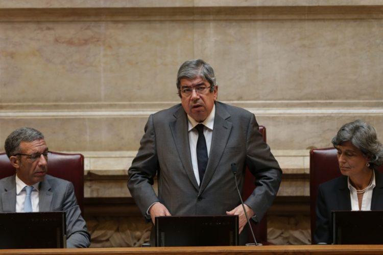 Sporting: Presidente da Assembleia da República culpa Bruno de Carvalho