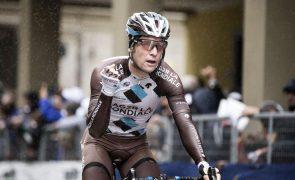 Ciclista belga Jan Bakelants regressa à competição após grave queda em 2017
