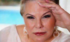 Cristina Caras Lindas pede trabalho ao dono da TVI