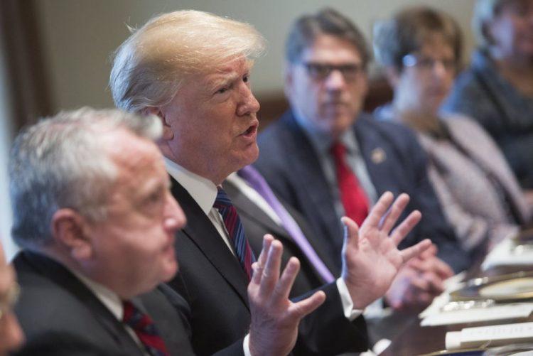 Trump quer deixar a Síria e garante uma decisão