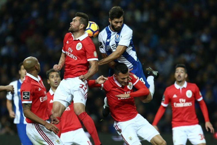 Benfica e FC Porto obrigados a vencer antes do 'clássico'
